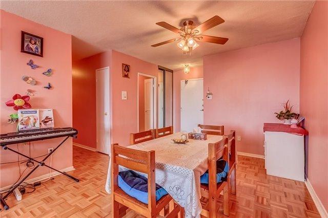 Condo Apartment at 25 Silver Springs Blvd, Unit 702, Toronto, Ontario. Image 17