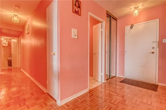 Condo Apartment at 25 Silver Springs Blvd, Unit 702, Toronto, Ontario. Image 20