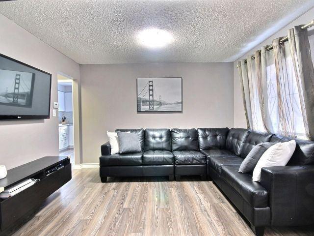 Link at 23 Cluett Dr, Ajax, Ontario. Image 11