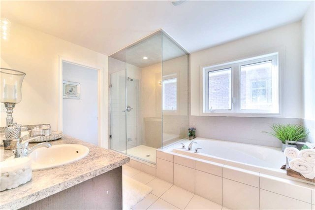 Detached at 3545 Garrard Rd, Whitby, Ontario. Image 10