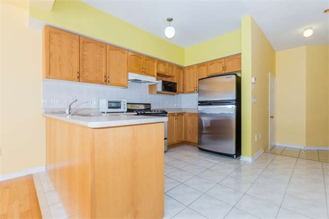 Semi-detached at 78 Misty Hills Tr, Toronto, Ontario. Image 19