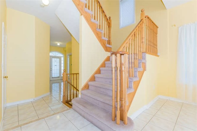 Semi-detached at 78 Misty Hills Tr, Toronto, Ontario. Image 6