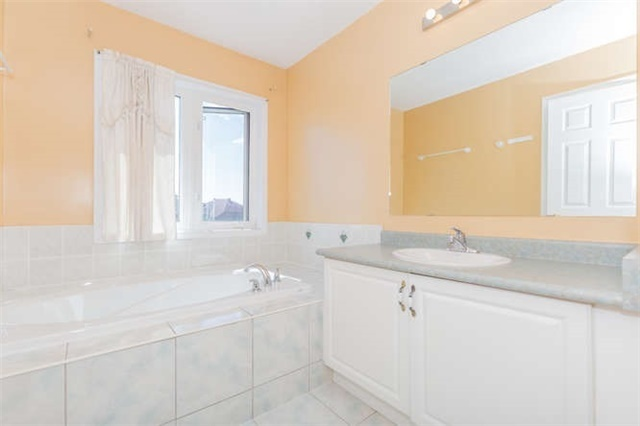 Semi-detached at 78 Misty Hills Tr, Toronto, Ontario. Image 8