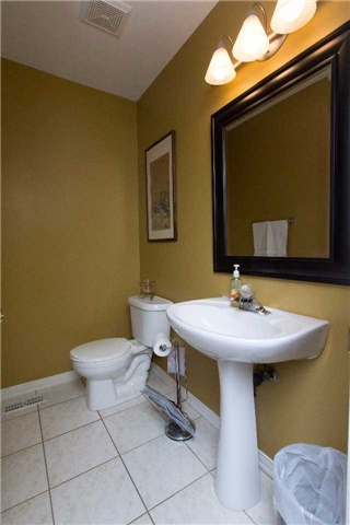 Detached at 75 Aster Cres, Whitby, Ontario. Image 18