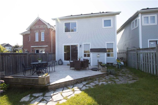 Detached at 75 Aster Cres, Whitby, Ontario. Image 13