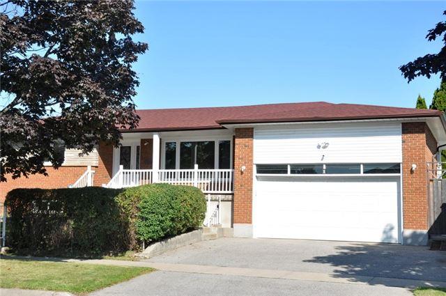 Detached at 1 Corinthian Blvd, Toronto, Ontario. Image 1