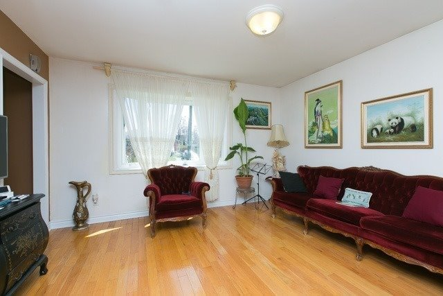 Detached at 58 Guild Hall Dr, Toronto, Ontario. Image 19