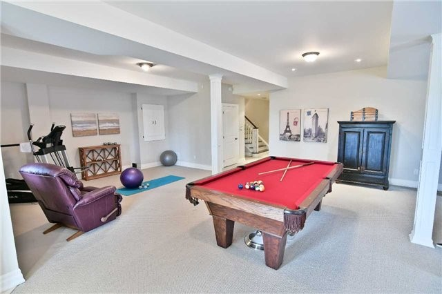 Detached at 810 Fairview Ave, Pickering, Ontario. Image 8