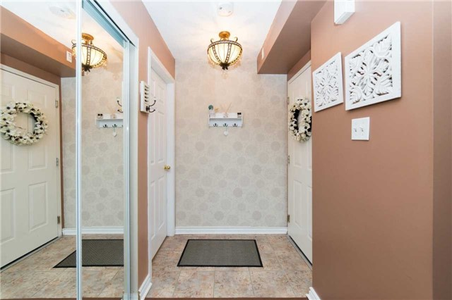 Condo With Common Elements at 104 Petra Way, Unit 1, Whitby, Ontario. Image 14