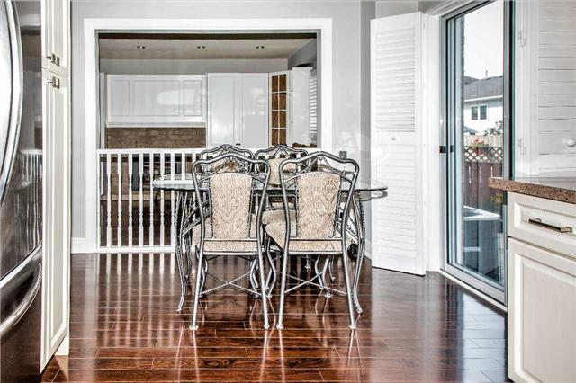 Detached at 10 Kennedy Dr, Clarington, Ontario. Image 17
