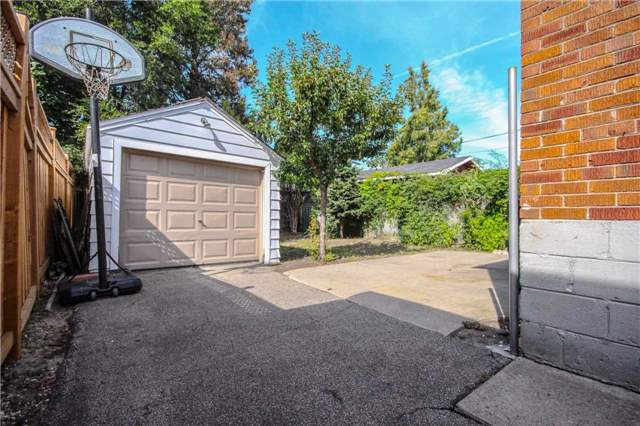 Detached at 6 Judith Dr, Toronto, Ontario. Image 7