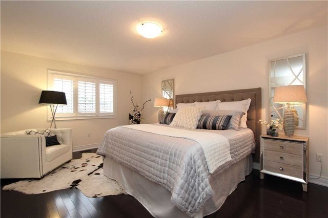 Detached at 11 Glengowan St, Whitby, Ontario. Image 3
