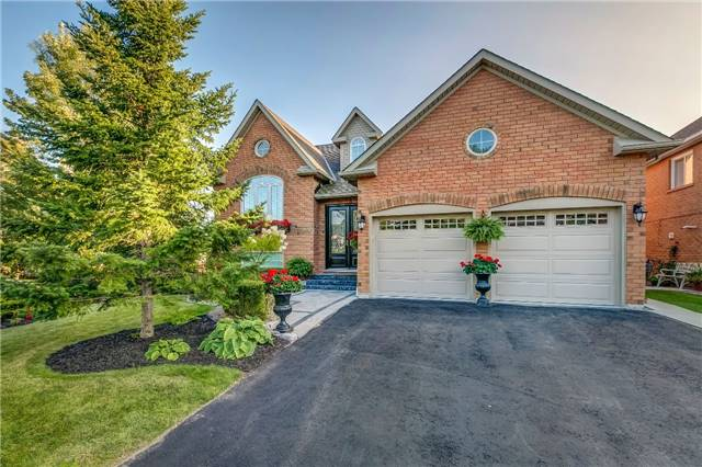 Detached at 2362 Canterbury Cres, Pickering, Ontario. Image 1
