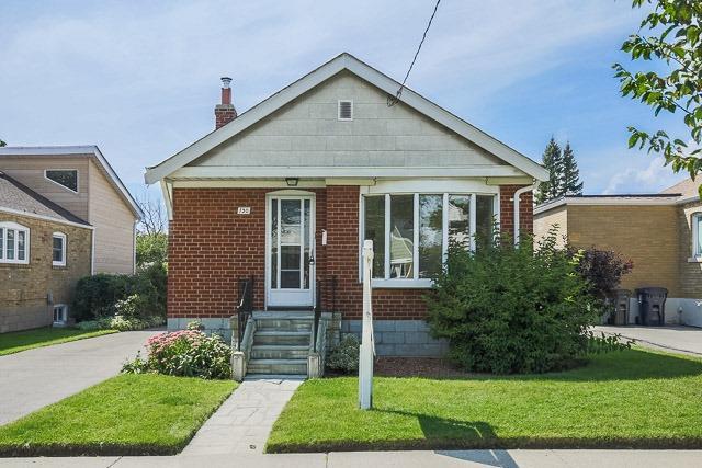 Detached at 130 Presley Ave, Toronto, Ontario. Image 1