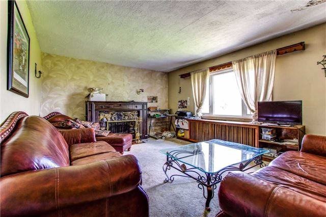Detached at 2434 Holt Rd, Clarington, Ontario. Image 8