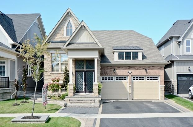 Detached at 8 Nightingale Cres, Whitby, Ontario. Image 1