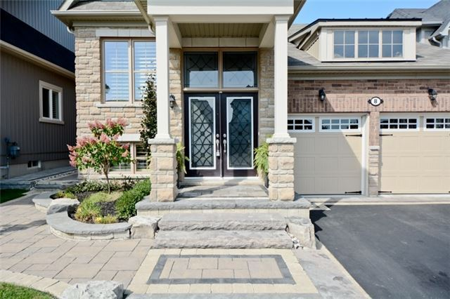 Detached at 8 Nightingale Cres, Whitby, Ontario. Image 12