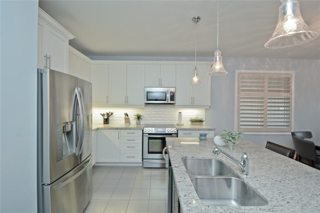 Detached at 8 Nightingale Cres, Whitby, Ontario. Image 16