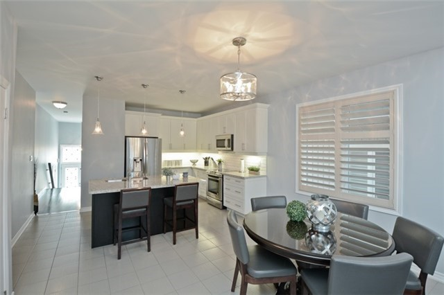 Detached at 8 Nightingale Cres, Whitby, Ontario. Image 18