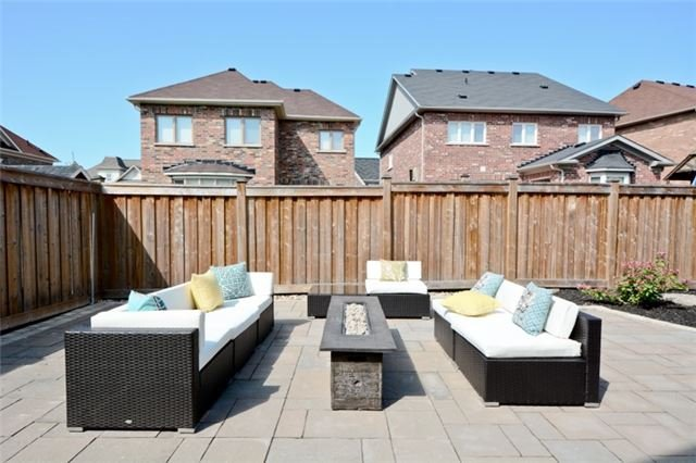Detached at 8 Nightingale Cres, Whitby, Ontario. Image 11