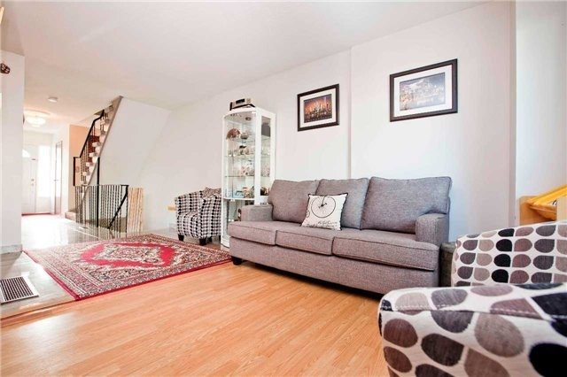 Condo Townhouse at 1975 Rosefield Rd, Unit 56, Pickering, Ontario. Image 13