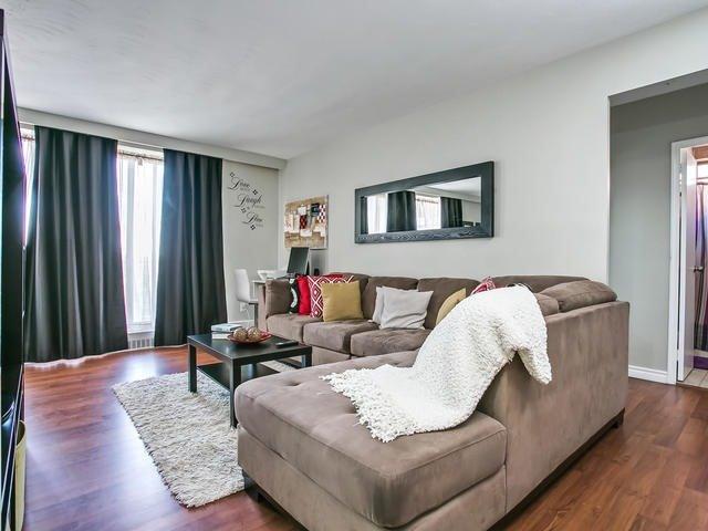 Condo Apartment at 915 Midland Ave, Unit 602, Toronto, Ontario. Image 17