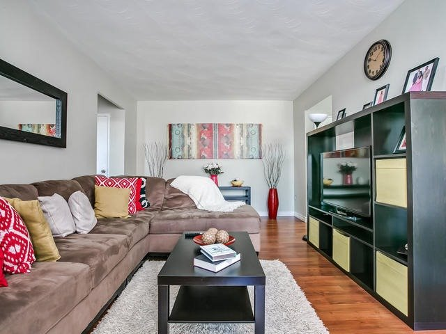 Condo Apartment at 915 Midland Ave, Unit 602, Toronto, Ontario. Image 19