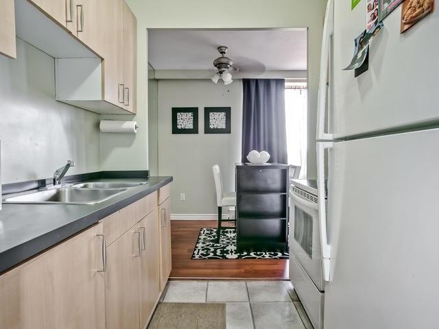 Condo Apartment at 915 Midland Ave, Unit 602, Toronto, Ontario. Image 7