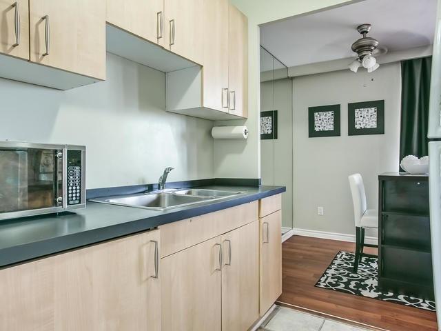 Condo Apartment at 915 Midland Ave, Unit 602, Toronto, Ontario. Image 8
