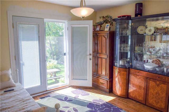 Detached at 39 Chipper Cres, Toronto, Ontario. Image 10