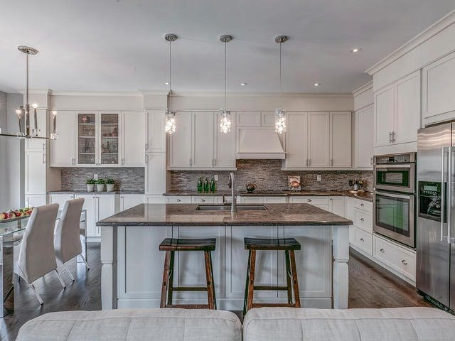 Detached at 32 Endeavour Crt, Whitby, Ontario. Image 17
