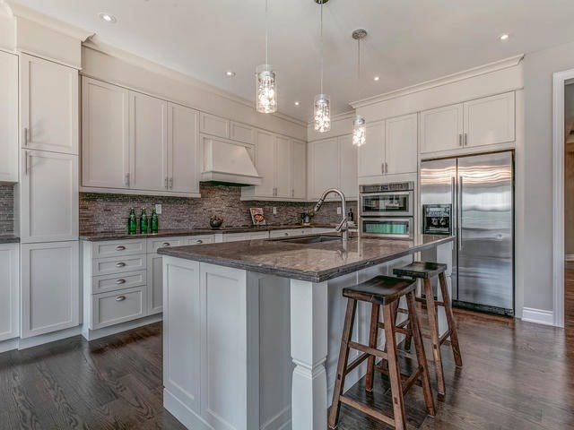 Detached at 32 Endeavour Crt, Whitby, Ontario. Image 18