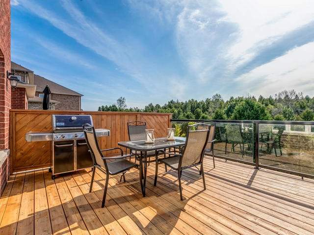 Detached at 32 Endeavour Crt, Whitby, Ontario. Image 7