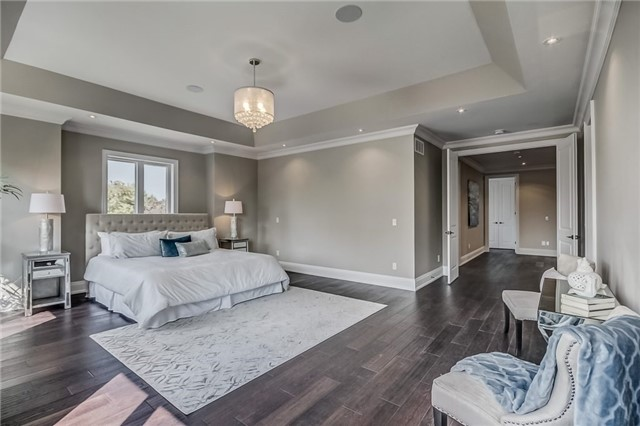 Detached at 1748 Spruce Hill Rd, Pickering, Ontario. Image 4