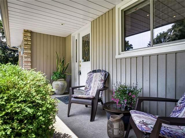 Detached at 171 Michael Blvd, Whitby, Ontario. Image 12