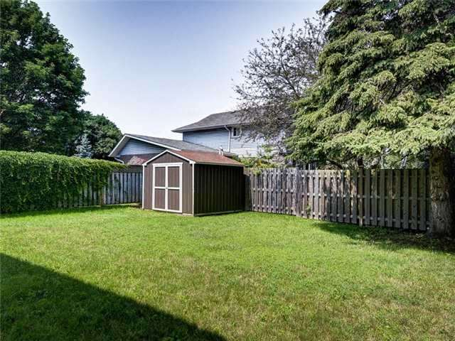 Detached at 171 Michael Blvd, Whitby, Ontario. Image 13