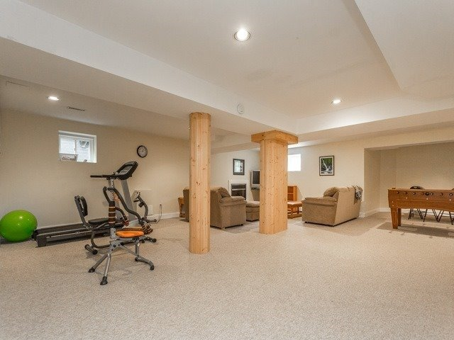 Detached at 54 Rothean Dr, Whitby, Ontario. Image 10