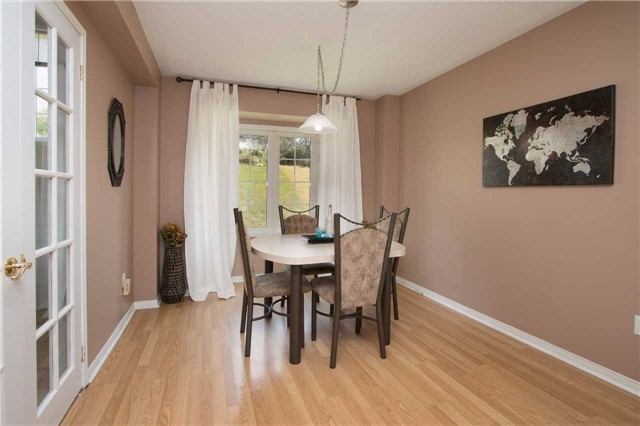 Townhouse at 2389 Clearside Crt, Pickering, Ontario. Image 18