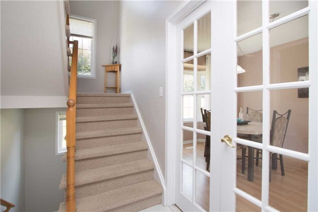 Townhouse at 2389 Clearside Crt, Pickering, Ontario. Image 2