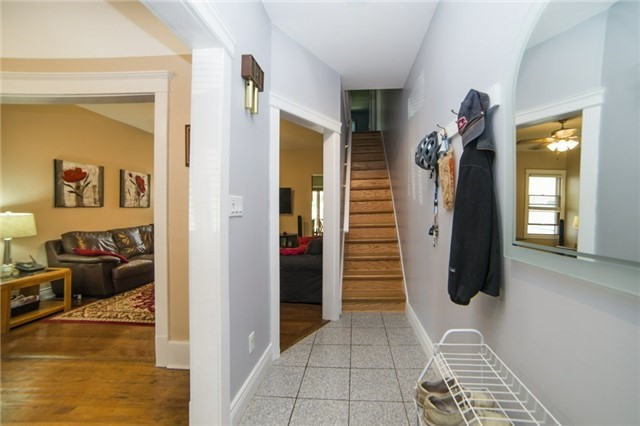 Semi-detached at 52 Frizzell Ave, Toronto, Ontario. Image 13