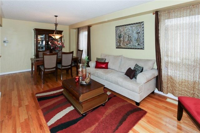 Detached at 102 Medland Ave, Whitby, Ontario. Image 20