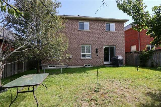 Detached at 102 Medland Ave, Whitby, Ontario. Image 13