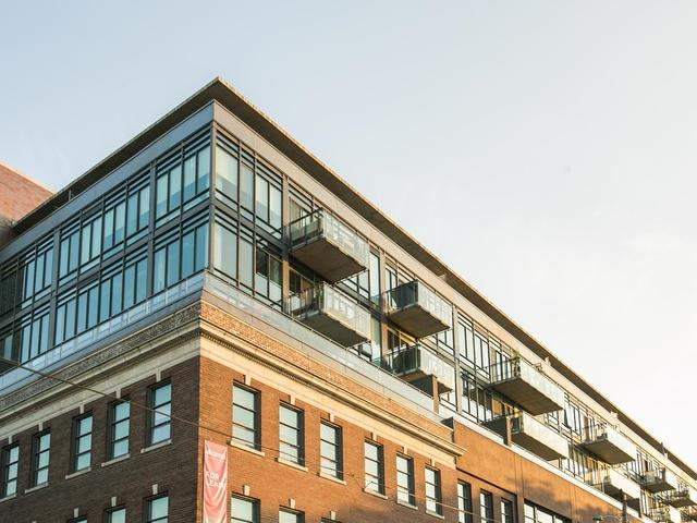 Condo Apartment at 90 Broadview Ave, Unit 733, Toronto, Ontario. Image 12