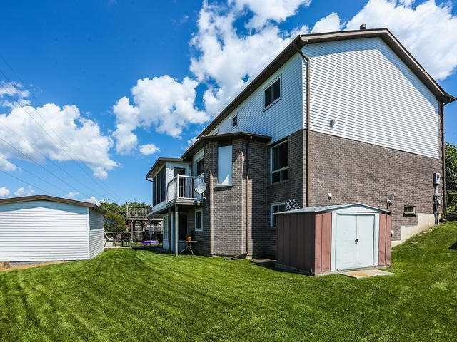 Detached at 70 Long Dr, Whitby, Ontario. Image 13