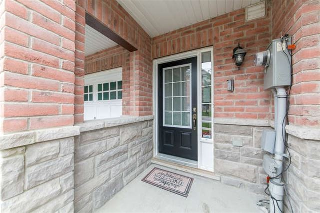 Townhouse at 24 Silvester St, Ajax, Ontario. Image 12