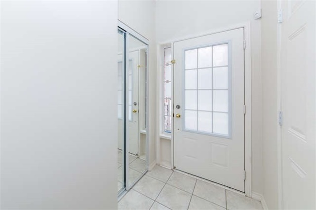 Townhouse at 24 Silvester St, Ajax, Ontario. Image 14