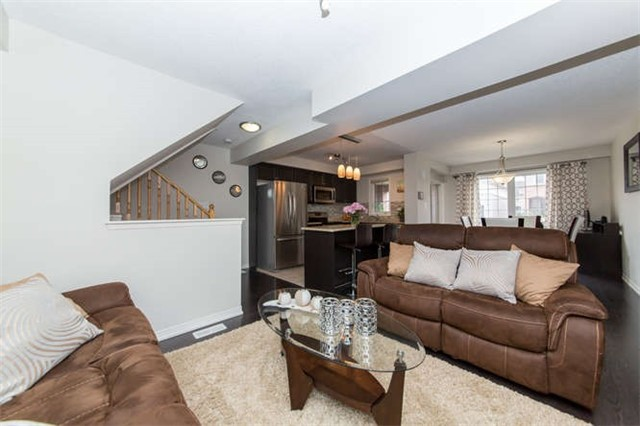 Townhouse at 24 Silvester St, Ajax, Ontario. Image 17