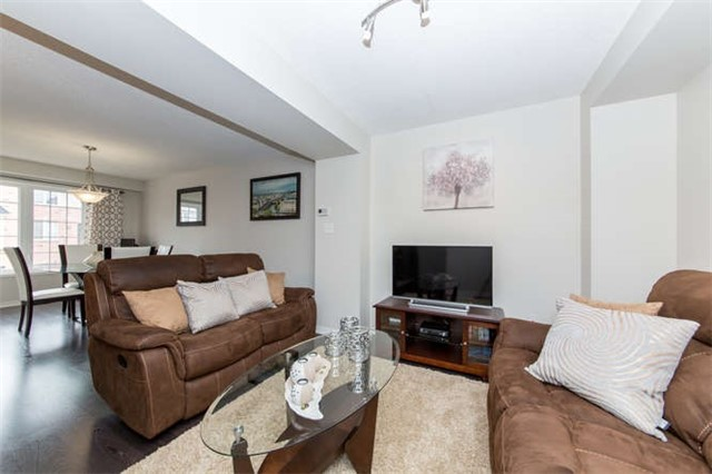 Townhouse at 24 Silvester St, Ajax, Ontario. Image 18
