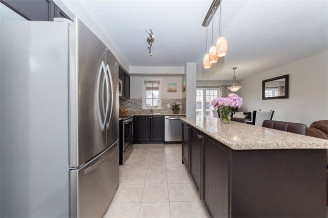 Townhouse at 24 Silvester St, Ajax, Ontario. Image 20