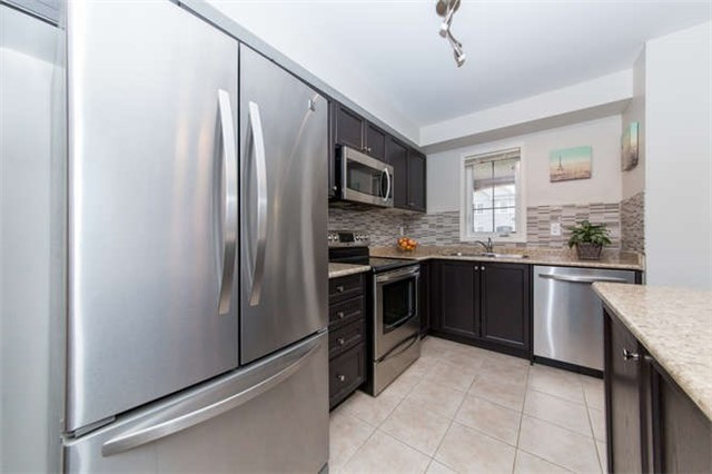 Townhouse at 24 Silvester St, Ajax, Ontario. Image 2